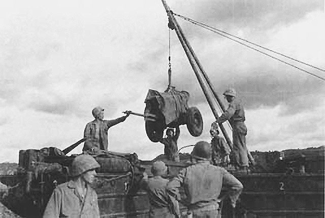 75mm-howitzer-tinian.jpg