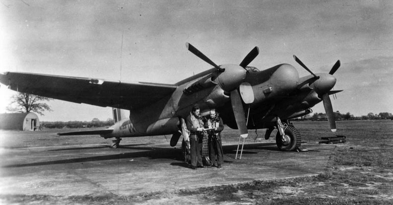 Mosquito NT531 WM-O FO Loveland and Sgt. Duffy.jpg