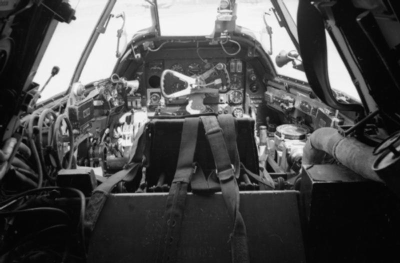 Beaufighter_96sq_cockpit.jpg