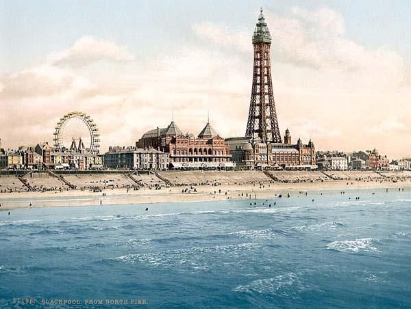 England_From North Pier, Blackpool.jpg