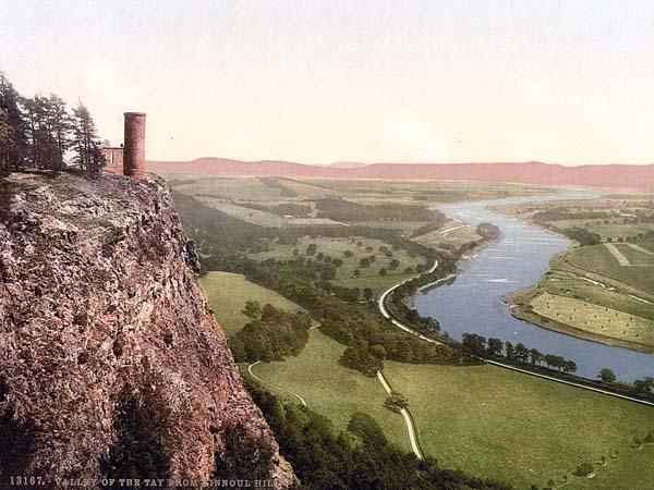 England (Scotland)_Tay Valley from Kinnoul Hill.jpg