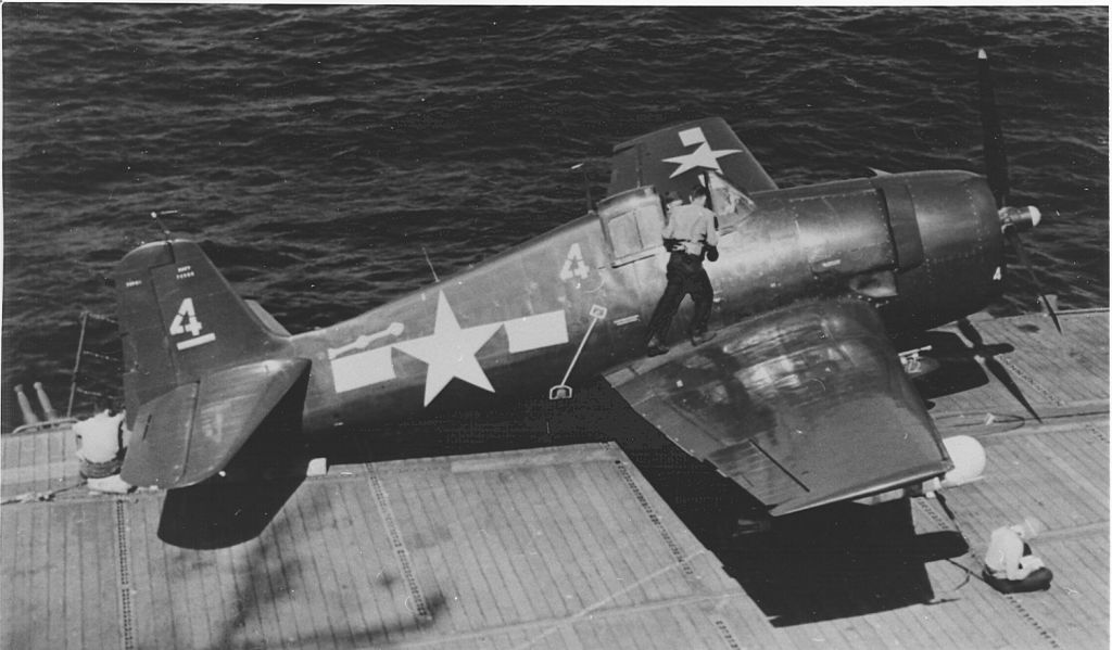 F6F-5E_VF-33 is on the catapult of the USS Sangamon.jpg