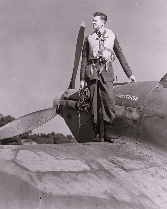 Canadian Pilot Officer 43 Sq  Hurricane Ponthier Tangmere August 1942.jpg